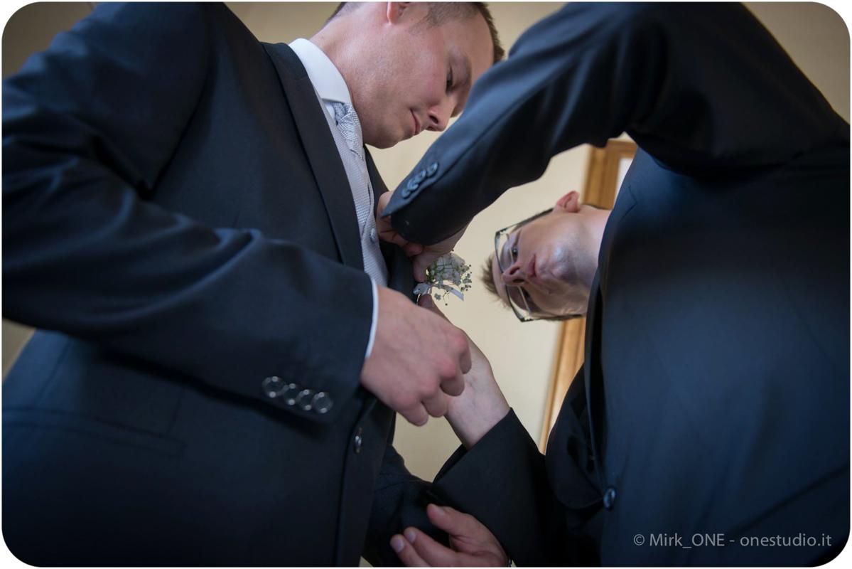 http://lnx.mirkone.it/wp-content/uploads/2015/07/Fotografie-Matrimonio-Mirk_ONE-52.jpg