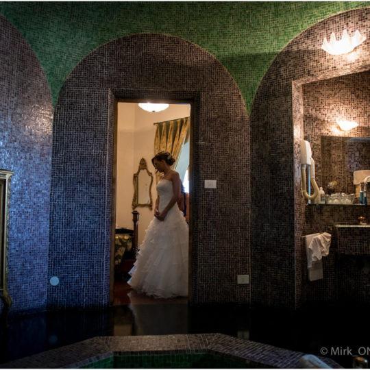 http://lnx.mirkone.it/wp-content/uploads/2015/07/Fotografie-Matrimonio-Mirk_ONE-54-540x540.jpg