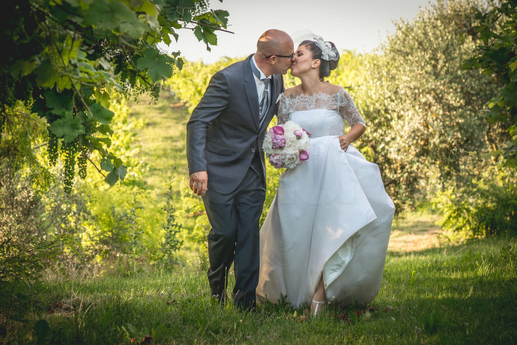 http://lnx.mirkone.it/wp-content/uploads/2015/07/fotografo-matrimoni-faenza-0005.jpg