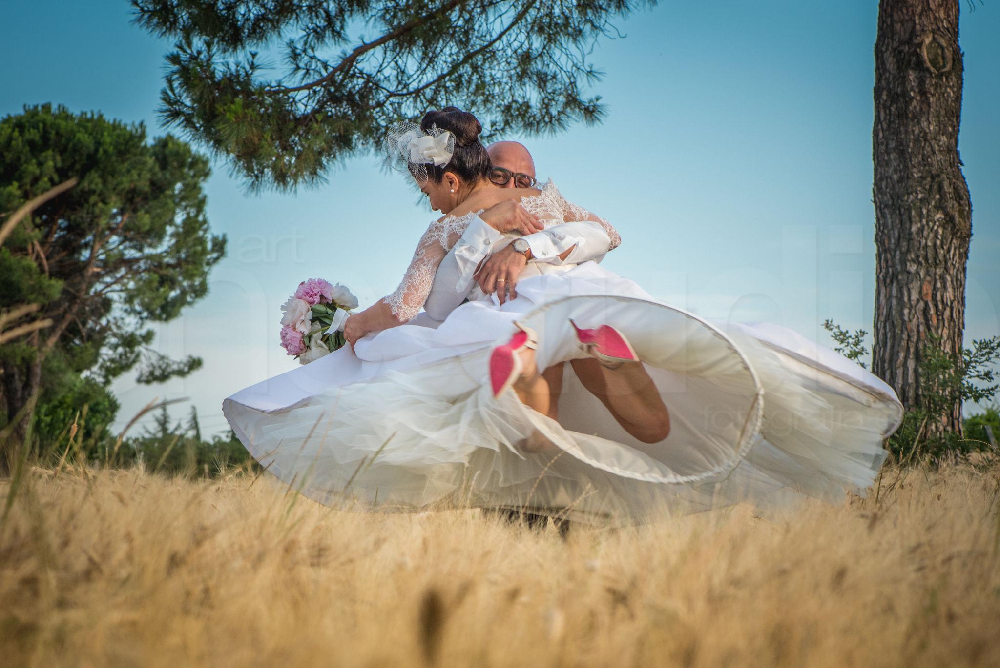 http://lnx.mirkone.it/wp-content/uploads/2015/07/fotografo-matrimoni-faenza-0008.jpg