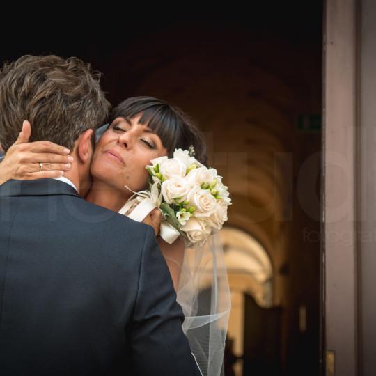 http://lnx.mirkone.it/wp-content/uploads/2015/07/fotografo-matrimoni-faenza-0017-540x540.jpg