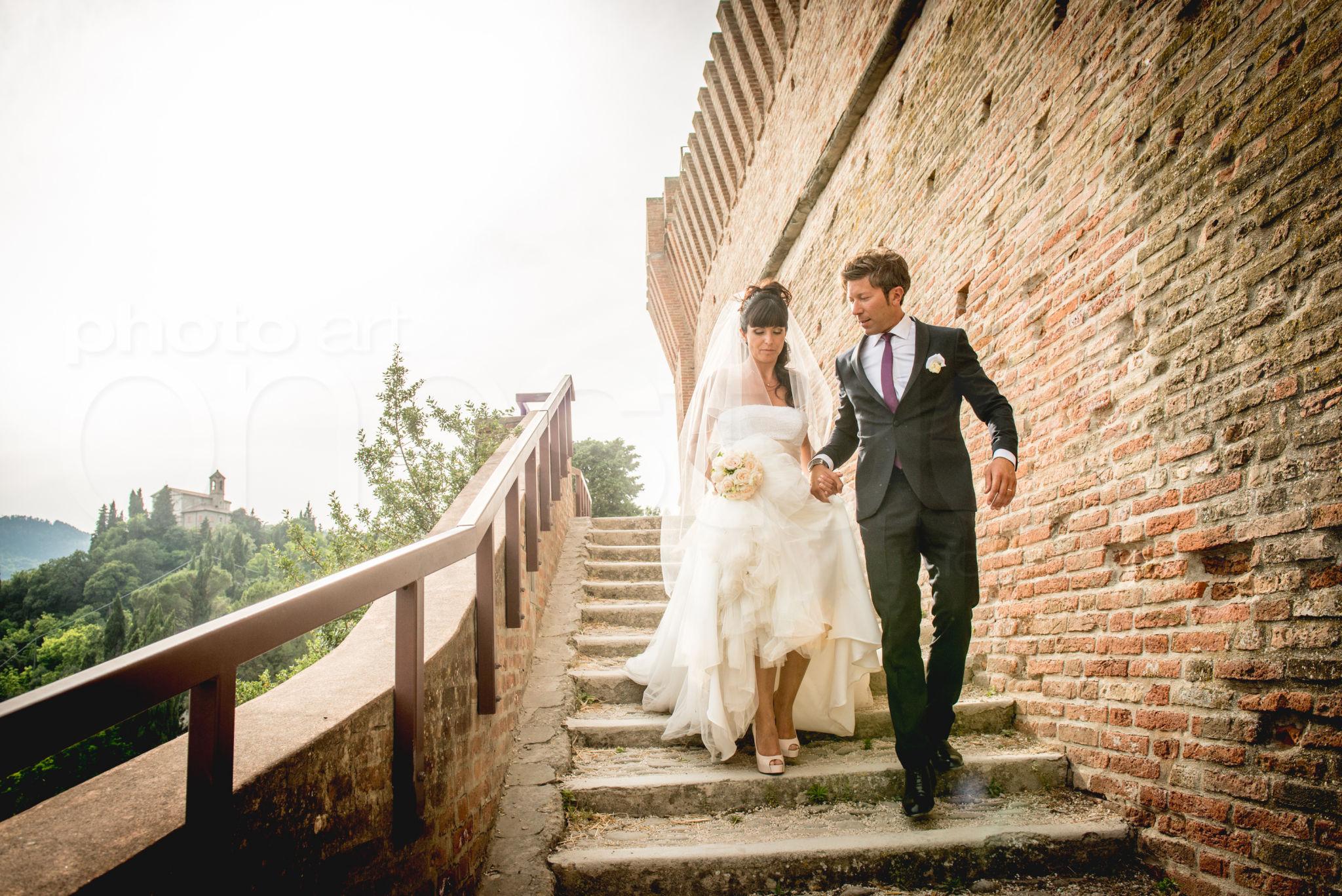 http://lnx.mirkone.it/wp-content/uploads/2015/07/fotografo-matrimoni-faenza-0020.jpg