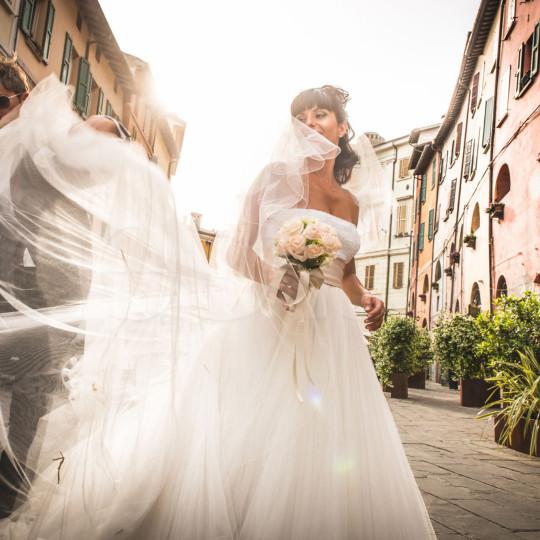 http://lnx.mirkone.it/wp-content/uploads/2015/07/fotografo-matrimoni-faenza-0021-540x540.jpg