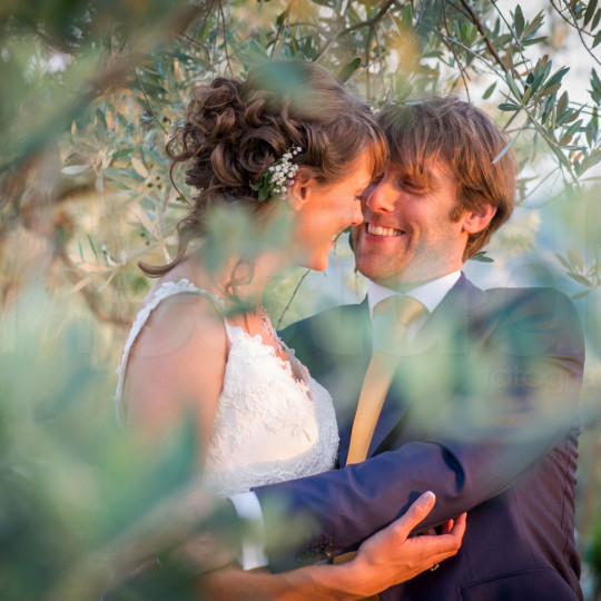 http://lnx.mirkone.it/wp-content/uploads/2015/07/fotografo-matrimoni-faenza-0027-540x540.jpg