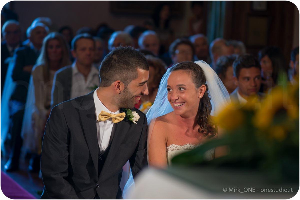 http://lnx.mirkone.it/wp-content/uploads/2015/07/fotografo-matrimonio-cerimonia-12.jpg