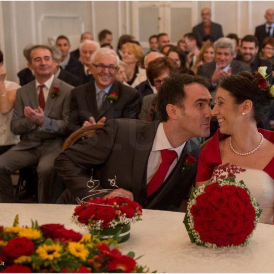 http://lnx.mirkone.it/wp-content/uploads/2015/07/fotografo-matrimonio-cerimonia-26-540x540.jpg
