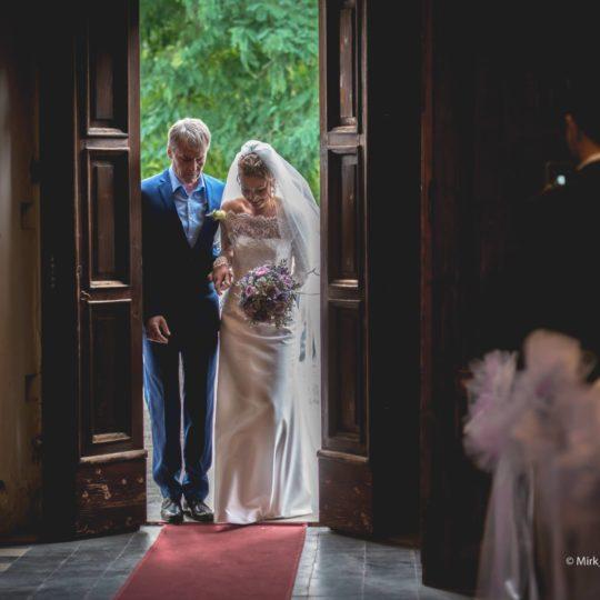 http://lnx.mirkone.it/wp-content/uploads/2015/07/mirk_ONE-fotografo-matrimonio-00125-540x540.jpg