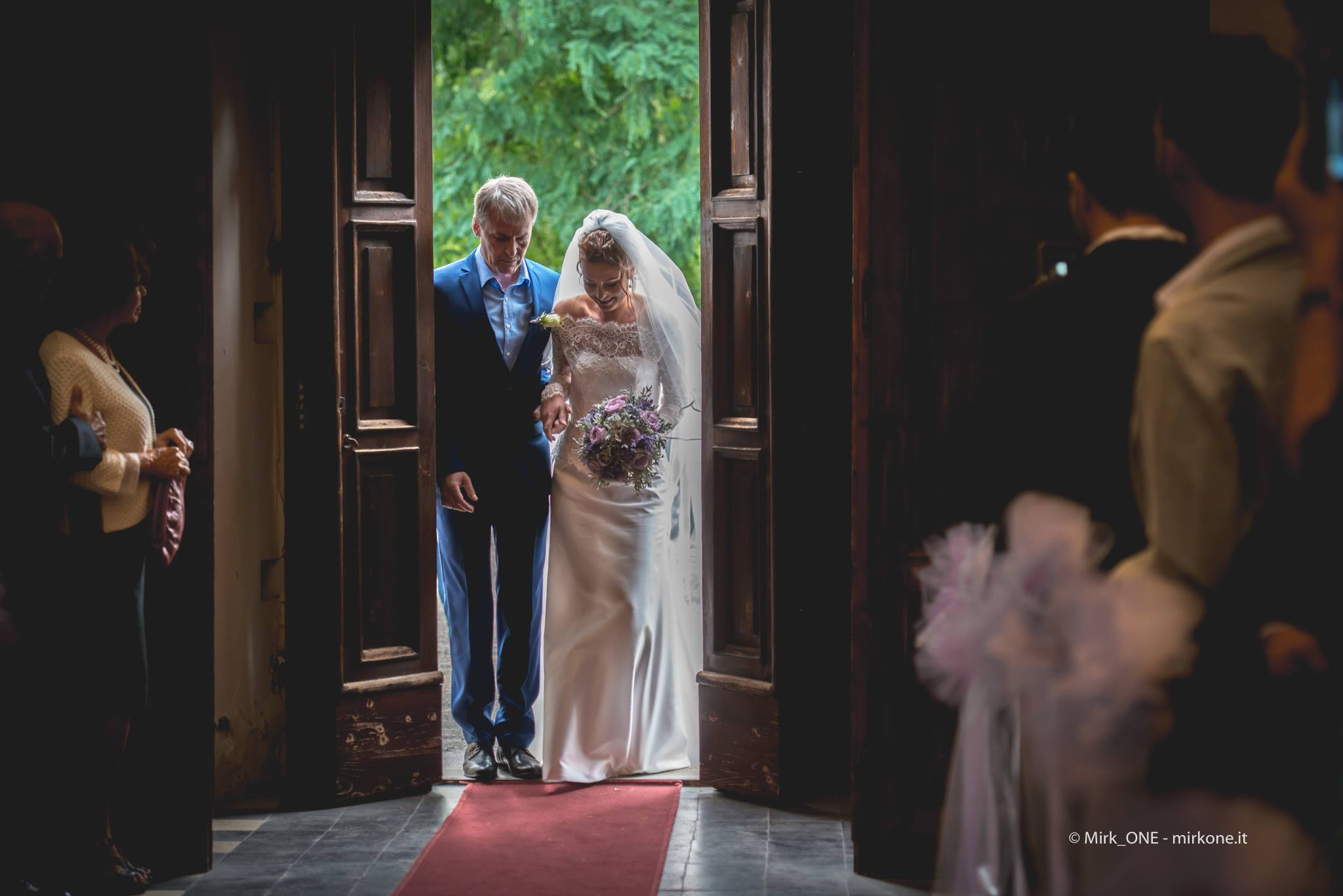 http://lnx.mirkone.it/wp-content/uploads/2015/07/mirk_ONE-fotografo-matrimonio-00125.jpg