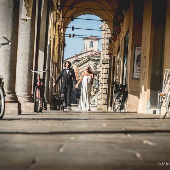 http://lnx.mirkone.it/wp-content/uploads/2015/07/mirk_ONE-fotografo-matrimonio-00826-540x540.jpg