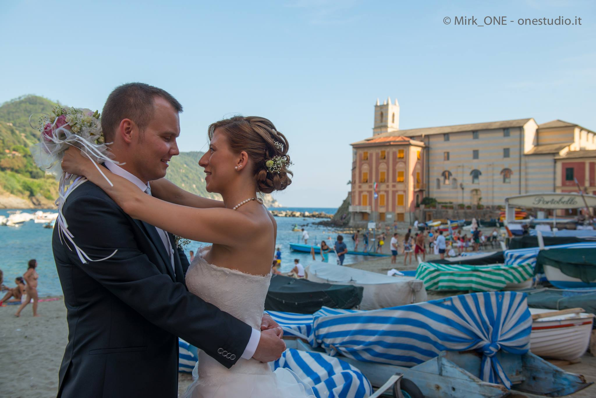 http://lnx.mirkone.it/wp-content/uploads/2015/07/mirk_ONE-fotografo-matrimonio-00834.jpg