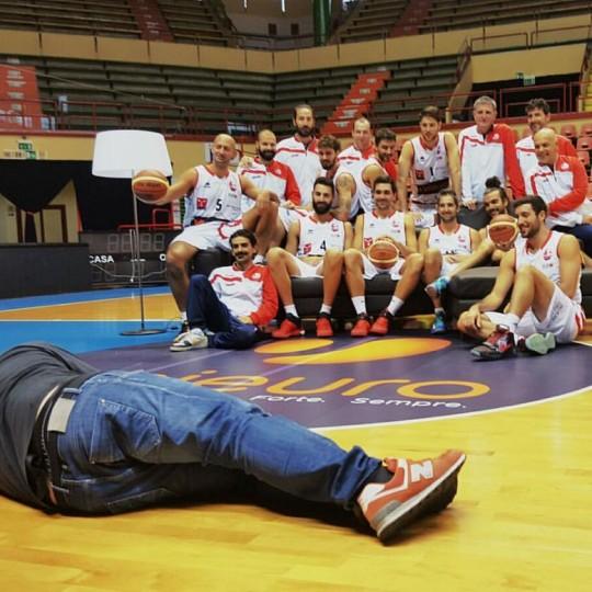 http://lnx.mirkone.it/wp-content/uploads/2015/10/mirk_one_forli_pallacanestro-2-540x540.jpg