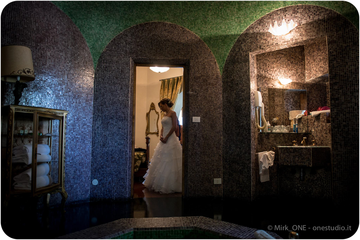 https://lnx.mirkone.it/wp-content/uploads/2015/07/Fotografie-Matrimonio-Mirk_ONE-54.jpg