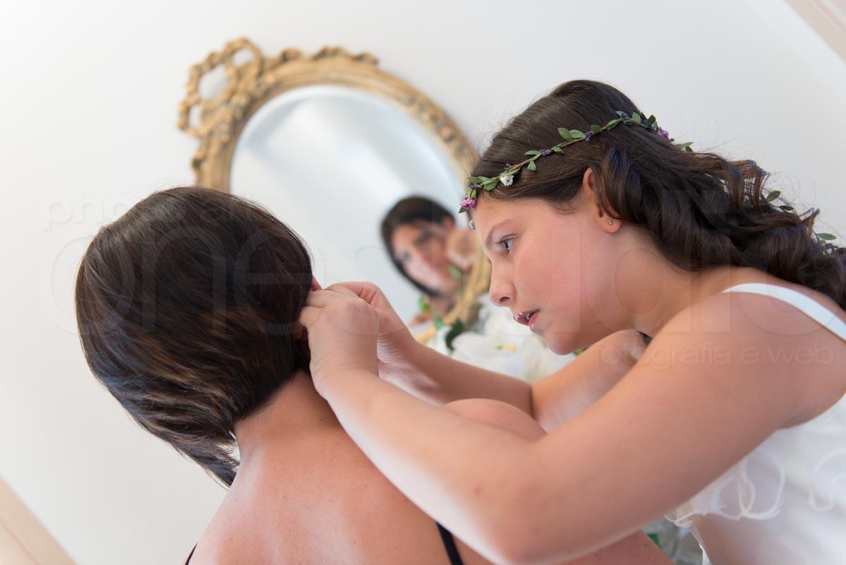 https://lnx.mirkone.it/wp-content/uploads/2015/07/foto-matrimonio-preparativi-mirk_one-44.jpg
