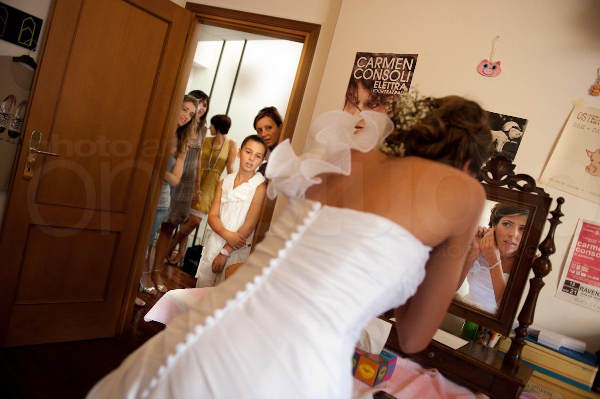 https://lnx.mirkone.it/wp-content/uploads/2015/07/foto-matrimonio-preparativi-mirk_one-88.jpg