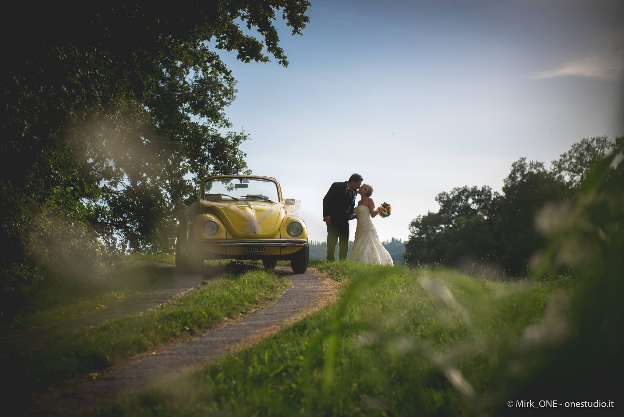 https://lnx.mirkone.it/wp-content/uploads/2015/07/mirk_ONE-fotografo-matrimonio-00808.jpg