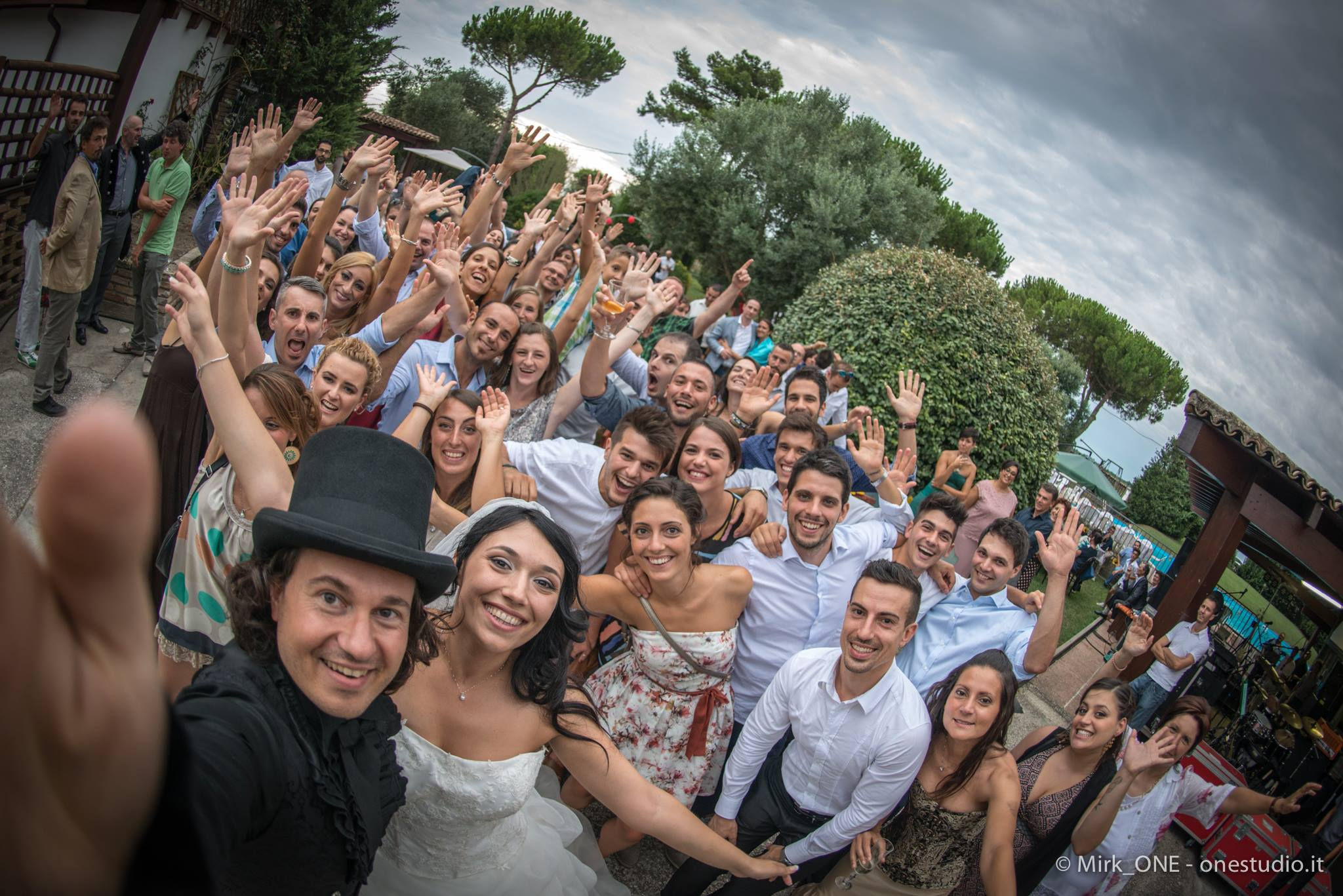 https://lnx.mirkone.it/wp-content/uploads/2018/03/mirk_ONE-fotografo-matrimonio-00888.jpg
