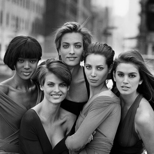 https://lnx.mirkone.it/wp-content/uploads/2020/03/Peter-Lindbergh-3-540x540.jpg
